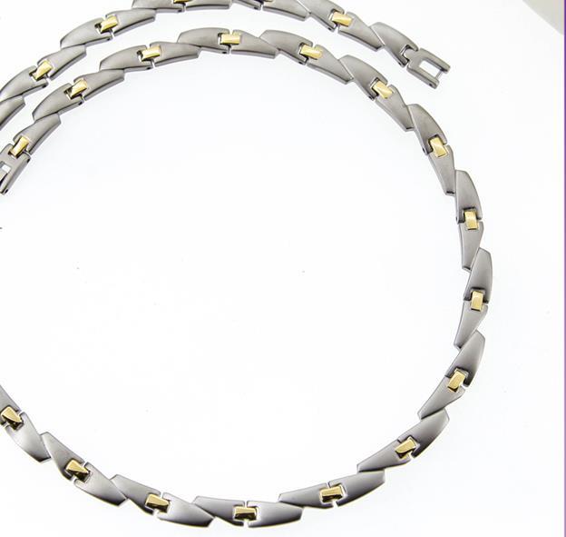 bio-element-magnet-halskaede-i-titanium-.jpg