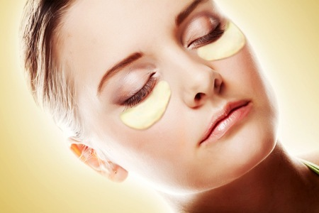 collagen-gold-oejenmaske-10-stk-.jpg