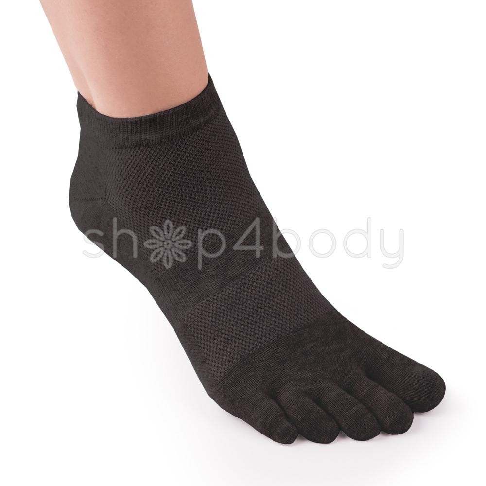 5-finger-stroemper-med-mild-kompression-.jpg