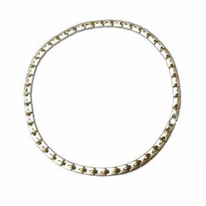 Silver med Golden Dot Magnethalsband i Rostfritt Stål - 1 st.