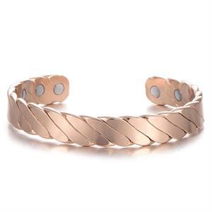 Twisted Koppar Magnetarmband i blank look