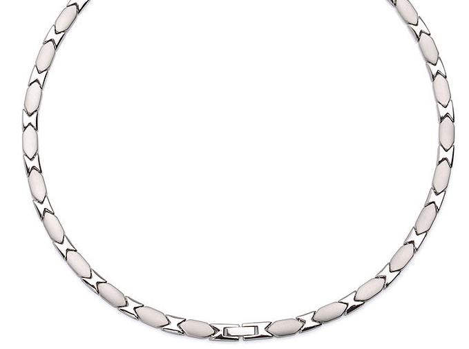 silver-x-magnethalskaede-i-rustfri-staal-.jpg